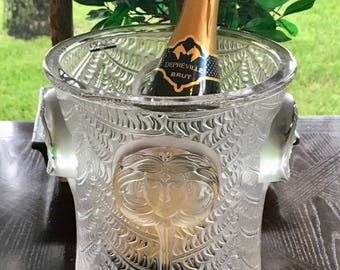 Lalque Psyche Champagne Cooler Excellent Condition Gorgeous Signed and  Authentic