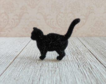 Black Cat - Superstitious - House Cat - Family Pet - Remembrance - Good Luck Charm - Lapel Pin