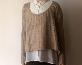 Cropped knitted sweater