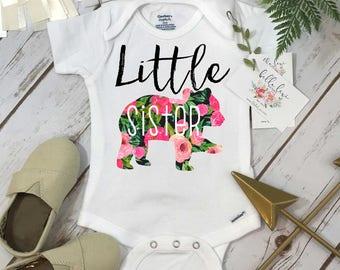 Little Sister Onesie®, Floral Bear, Sisters Shirts, Baby Sister Shirt, Sister Shirt, Family tees, Baby Sister Reveal, Baby Sis Announcement