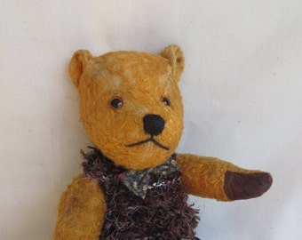 WILFRED  -  A cinnamon coloured 1940s vintage bear