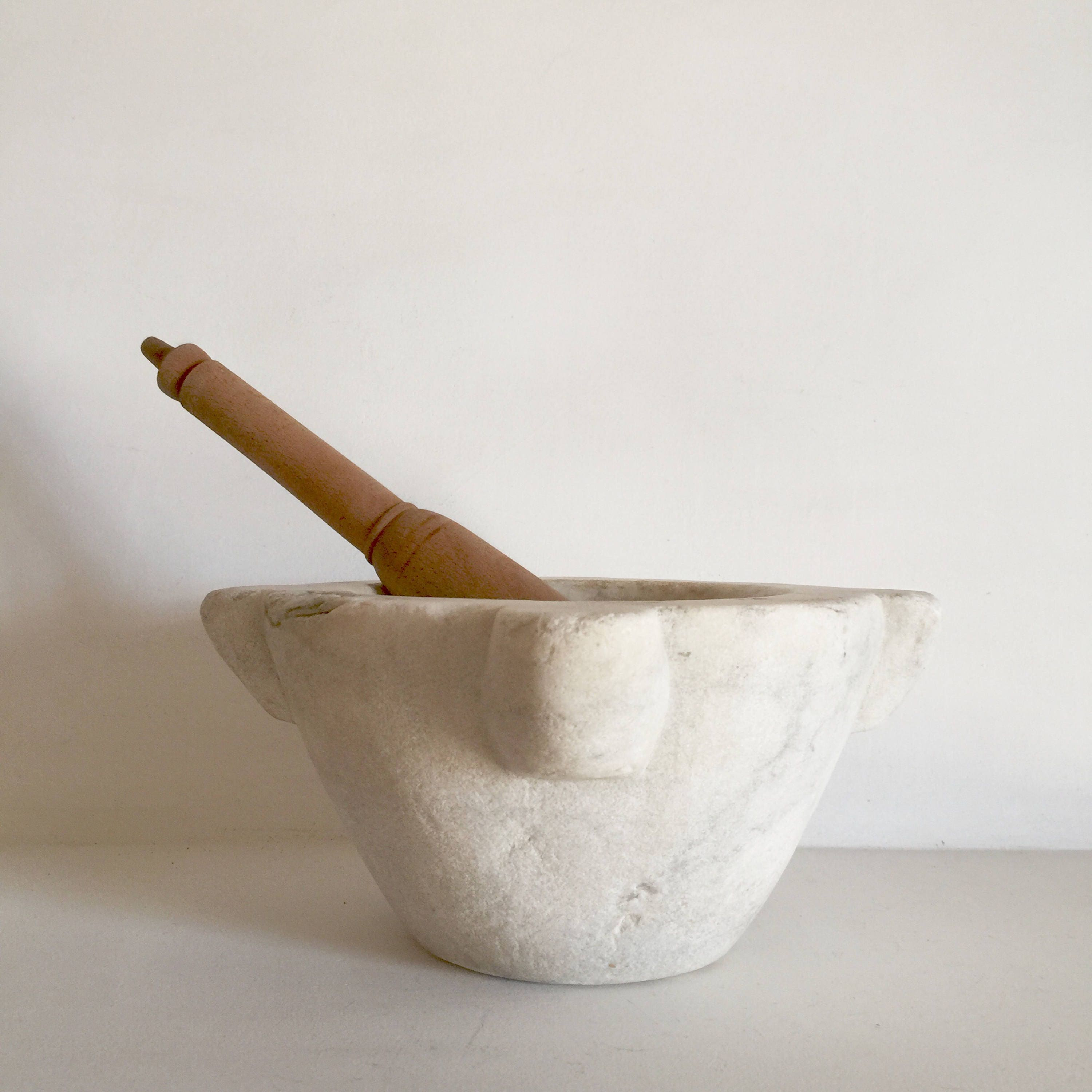 french antique mortar and pestle antique marble mortar. Black Bedroom Furniture Sets. Home Design Ideas