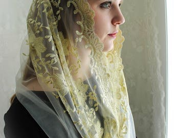Evintage Veils~ Regina Caeli Gold-on-Cream White Embroidered  Traditional Vintage Inspired Infinity Shape Mantilla Chapel Veil