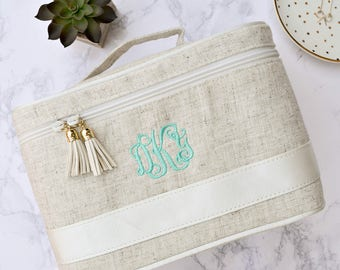 Monogram Train Case, Monogrammed Make Up Bag, Cosmetic Case, Personalized Bridal Party Gift, Bridesmaid Gift, Gifts for Her, Monogram Travel