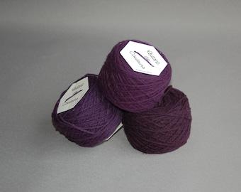 zinzolin, naturally hand dyed Merino Wool