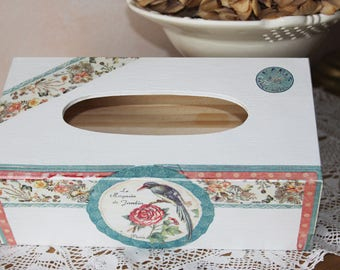 Box with wooden handkerchiefs - romantic - shabby chic flowers and bird