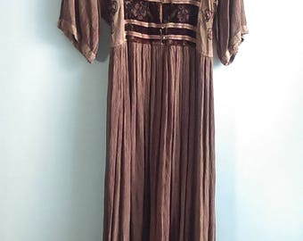 Vintage Earthy Bohemian Peasant Maxi Dress/ Stevie Nicks Style / Hippie / Festival Dress / One Size Fits Most / Gypsy / Ethnic