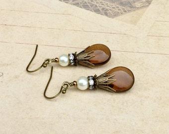 Brown Earrings, Smoky Topaz Earrings, Pearl Earrings, Ivory Pearl Earrings, Czech Glass Beads, Bridal Earrings, Victorian Earrings, Gifts
