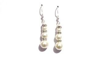 Bridal earrings, Ivory pearl earrings, ivory earrings, pearl earrings, dangle earrings, earrings, bridesmaid earrings, drop earrings