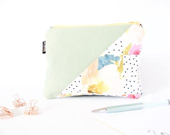 Cute Makeup Pouch. Floral Pouch. Pastels. Square Travel Pouch. Travel Wallet. Square Pencil Case. Cute Mom Gift. Sister Gift. Friend Gift