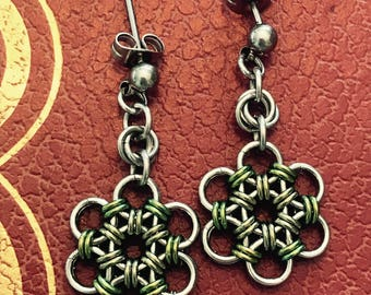Chainmaille Japanese Flower Green Earrings Stainless Steel