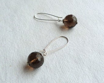 Brown earrings, brass and natural stones