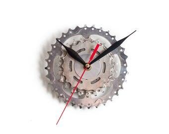 Metal Wall Clock, Cyclist Wall Clock, Bicycle Wall Clock, Bicycle Sprocket Clock, Bike Clock, Unique Wall Clock, Steampunk Wall Clock