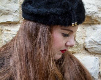 Black vintage faux fur winter hat