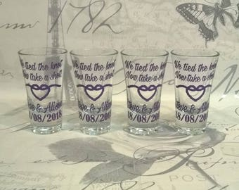 We Tied The Knot, Now Take A Shot - Rope Heart Personalised Shot Glasses - Wedding Favours Wedding Breakfast Guests Favours Toasting Glasses
