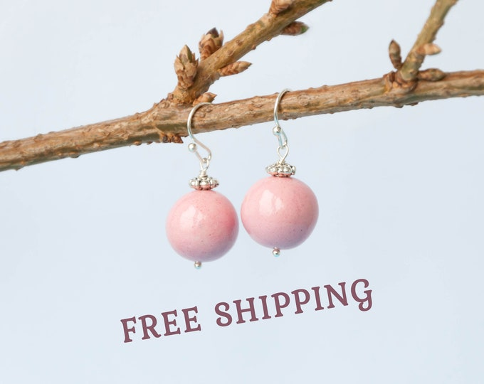 Light pink earrings, Pale pink jewelry, Pink dangle earrings, Light pink jewelry, Pink beaded earrings, Delicate earrings
