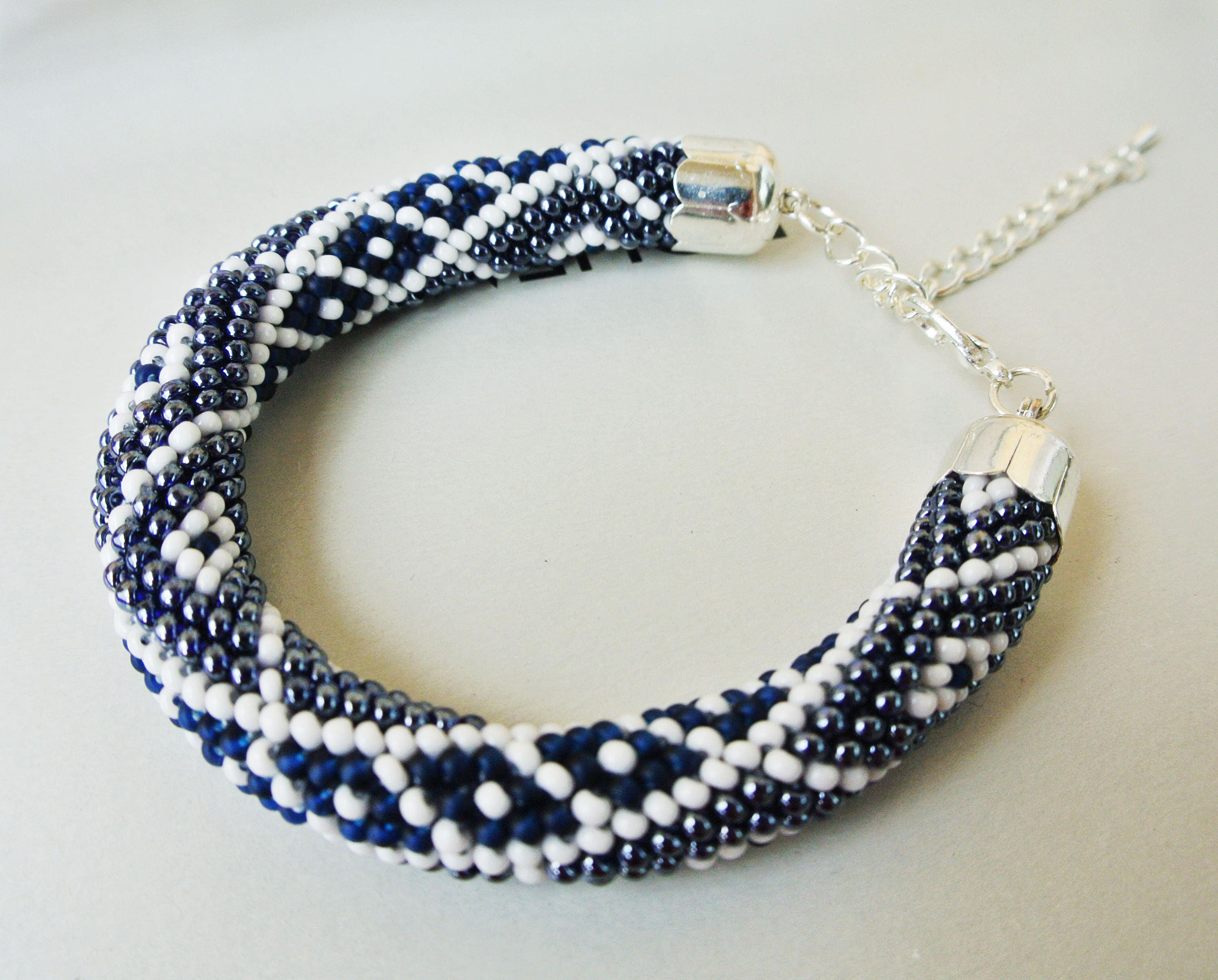 how to make rope necklace with beads