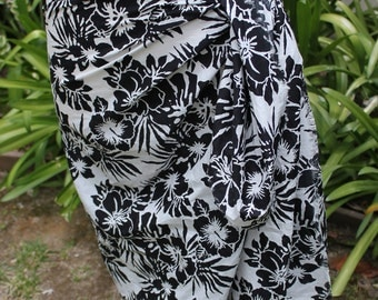 Black and White Floral Lightweight Cotton Scarf and Pareo