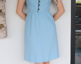 Flattering 1970s Dress w/ Illusion Collar