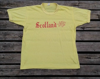 Vintage 80's Scotland canary yellow t-shirt Made in Canada large