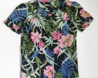 90s Hawaiian Floral Tropical Button-Up Shirt