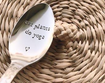 "Gift for mother of the mothers ""eat plants do yoga"" - engraved spoon"