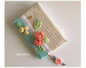 Notebook and bookmark crochet - white paper - Deco flower Pearl lace - Multicolor - gift wife - Secret Dreams - Hand Made Beige