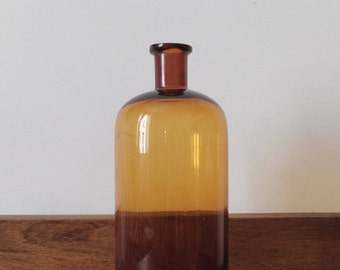 Bottle apothecary, 1 L brown glass, France 1920