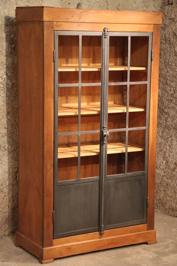 Articles similaires vitrine biblioth que industrielle for Vitrine industrielle