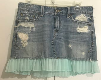 Great birthday gift! Summer wear / vacation    Pretty - Blue Vintage denim skirt, one of a kind! Beautiful Handmade   Date night cute