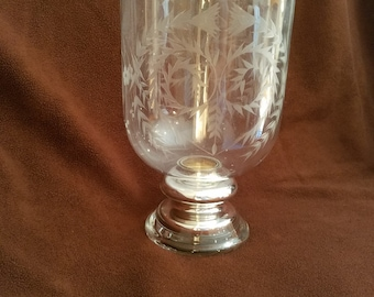 clear glass center centerpiece with etched design