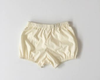 pale yellow baby / toddler / girls bloomers / shorts / diaper cover