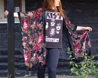 Beautiful RARE vintage black crimson floral velvet burnout beaded Kimono Flapper robe FESTIVAL