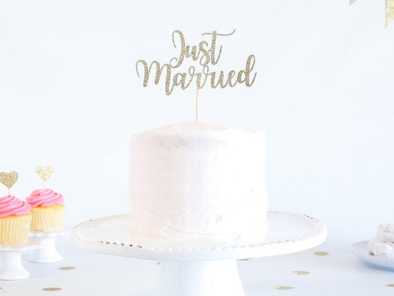 Just Married Cake Topper - Glitter - Bridal Shower. Reception Cake Topper. Bride to Be. Engagement Cake. Bridal Shower Decor. Just Married.