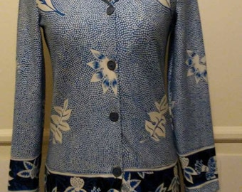 Vintage 1970's Blue and White Flower long sleeve polyester  shirt