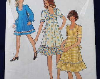 Vintage Sewing Pattern for a Girl's Dress for Age 14 - Style 1183