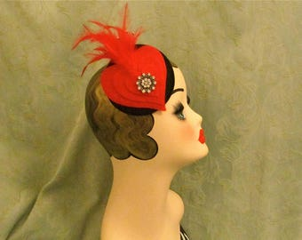 Red cocktail Hat,red hearts vintage rhinestone Red feathered burlesque heart shaped fascinator,Pin-up,Rockabilly hair,wedding hat hat,fun