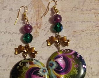 Mother of Pearl and gold bow earrings