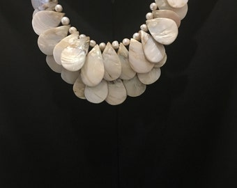 Royal White Perl Shell Necklace by Dobka