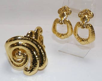 Jose Barrera SET Bracelet & Earrings Hammered Gold Tone Metal - S2367