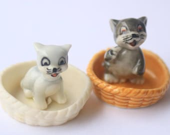 """Set 15 Bean Fèves """"Kittens""""- Porcelain/ceramic figurines- Glossy/lacquered version- Beans handmade- Collection- Fabophilie"""