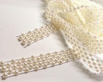 CraftbuddyUS AT-5 2m X 14mm Wide Ivory Vintage Pearl Beaded Lace Bridal Wedding Trim Ribbon, Craft