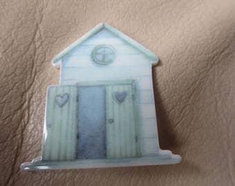 Beach hut, seaside,  themed resin needleminder  magnet