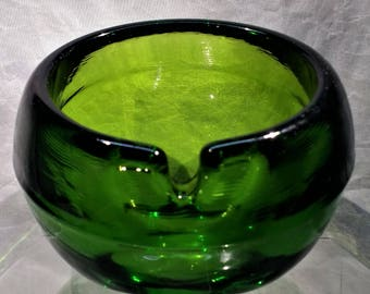 "Mad Men Emerald Green Blown Glass ""Bowl"" Ashtray"