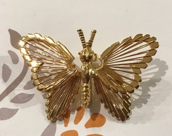 Vintage Mone Gold-tone Open-work Butterfly Brooch/1950s