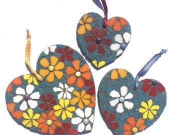 Set of 3 mosaic hearts