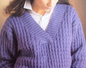 Ladies/Woman's Knitting Pattern DK Deep V Neck Jumper/Sweater/Pullover size 32-38in 81-97cm