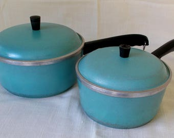 Vintage Pair Club Cast Aluminum Saucepots