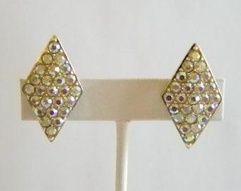 Beautiful Emmons Swarovski  Crystal Clip On Earrings
