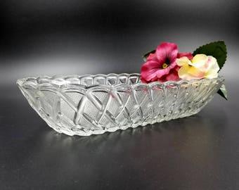 Indiana Glass Mid Century Pretzel Pattern Celery Tray / Oblong Bowl